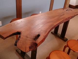 keyaki-table.jpg
